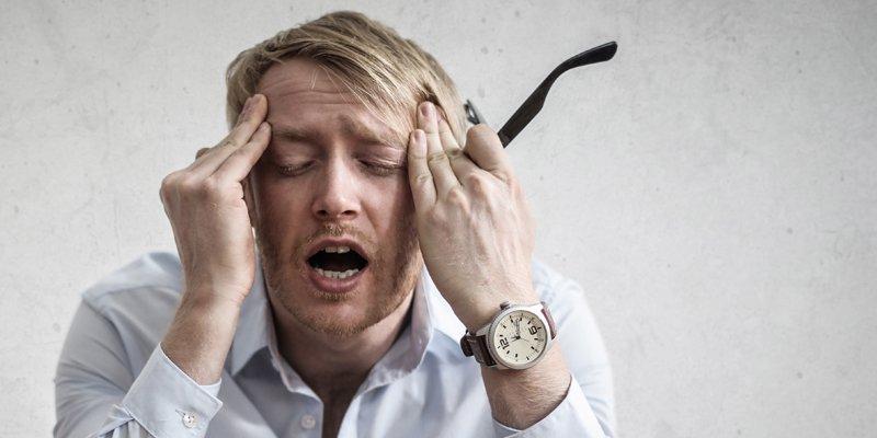 Spændingshovedpine opstår typisk på grund af forkert brug af kroppen