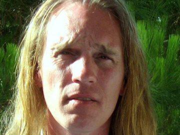David Fønsbo er psykoterapeut og mandecoach i Viby J